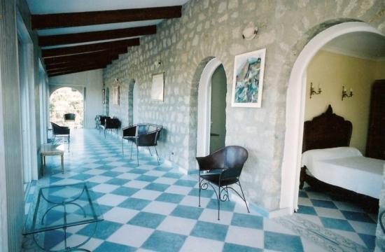 The Manor Patio